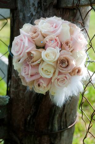 Toriy_Graeme_Country-Wedding_309_002 (1)